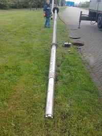 Bronpomp installeren